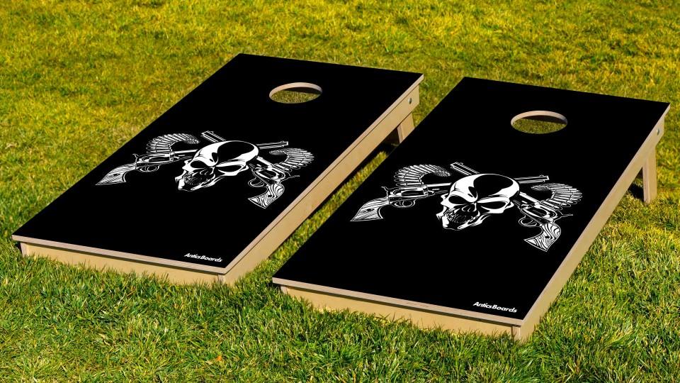 The Skull & Guns w/bags
