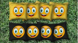 The Smiley's - 8 Cornhole Bags